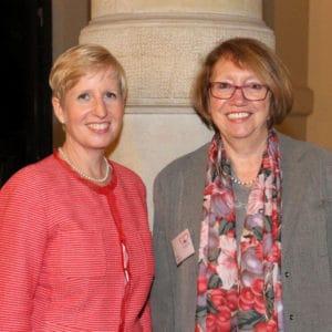von links Frau Prof. Dr. Ania C. Muntau und Inge Heyde, HKH