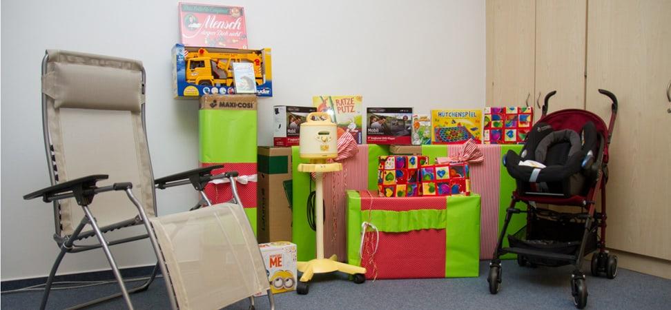 Spendenübergabe UKE-Geschenke