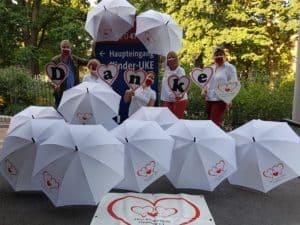 Danke für Regenschirm-Spende